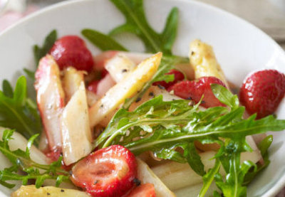 asperges-rucola-aardbeien-salade