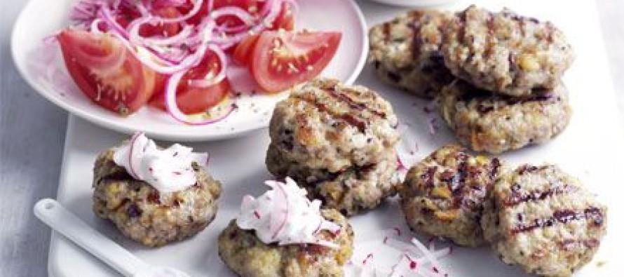 Grieks gehakt met tzatziki van radijs & salade van Honingtomaten®