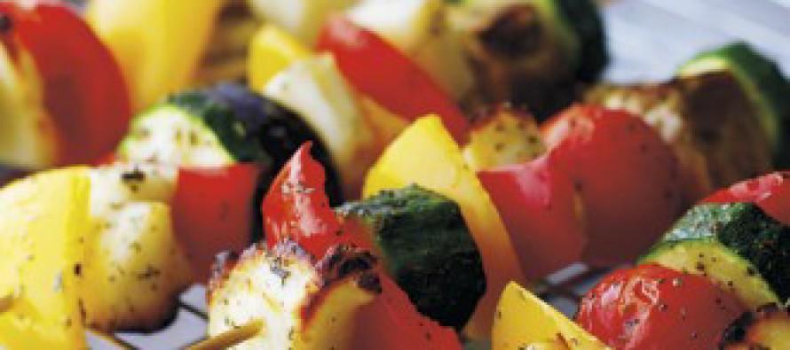 Vegetarische Halloumi groente spies voor de BBQ