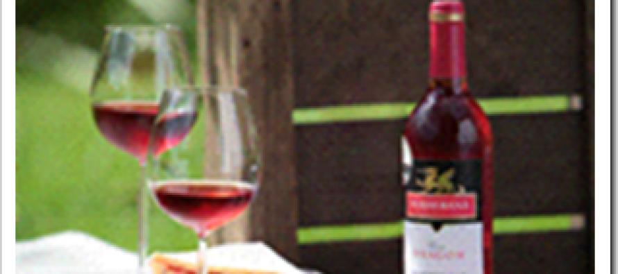 Light lunchtip voor deze zomer: Zomerse club sandwich met frisse rosé