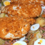 Krokante kipfilet met winterse aardappelsalade