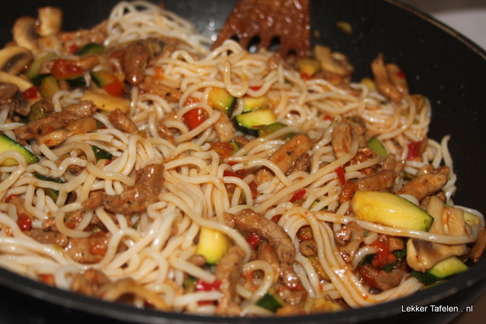 woknoedels - gyros - verse - groenten