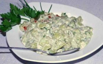 Aardappelsalade voor bij de barbecue met een twist