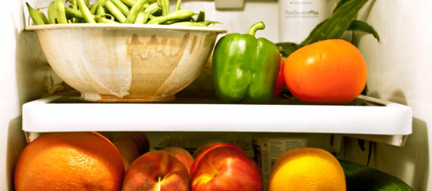 Fruit smaakt beter door lampje in koelkast. De ontevreden gebruiker!