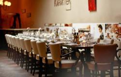 Een diner in jaren twintig stijl bij Restaurant Karakter in Rotterdam