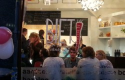 De opening van Biet-Pop Up-Soep-Salade-Bar