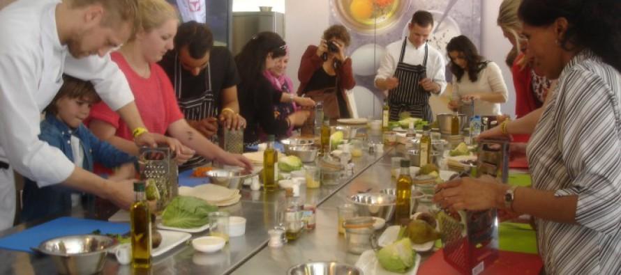 Food Revolution Day 2014: Jamie Oliver inspireert tot gezond eten