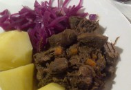Stoverij van haas met raap en rozemarijn-recept