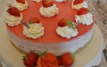 Aardbeienroomkaastaart – zonder oven heerlijk taart bakken