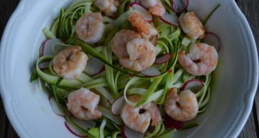 Frisse salade met courgette en gamba's