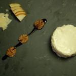 Panna cotta met peer en Parmezaanse kaas