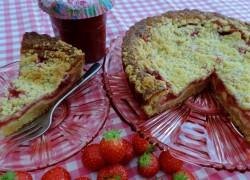 Rabarber-aardbeien-cheesecake