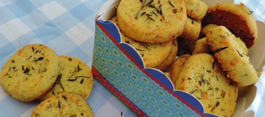 Kruidige koekjes voor bij de borrel, tv of tijdens een picknick