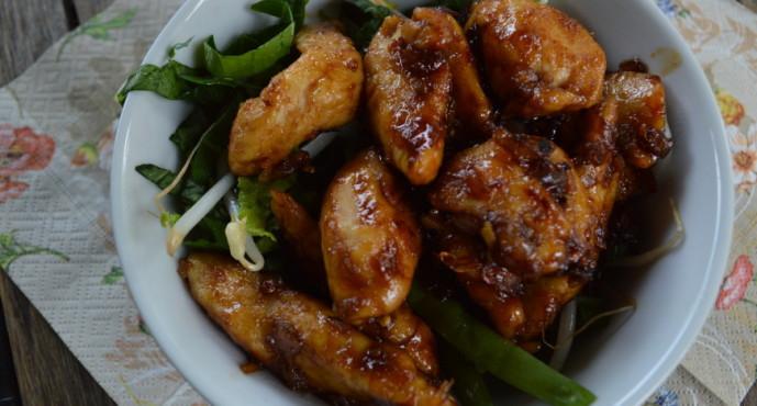 Oosterse salade met kip ketjap