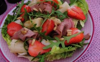 Seizoenssalade: Aardbeien, Asperges, Rucola