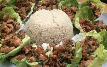 Gevulde slabladeren met Thais kipgehakt